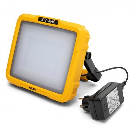 X-Blast 30W: LED zone light rechargeable 2400 lm ST223 Projecteurs rechargeables pour professionnels Velamp