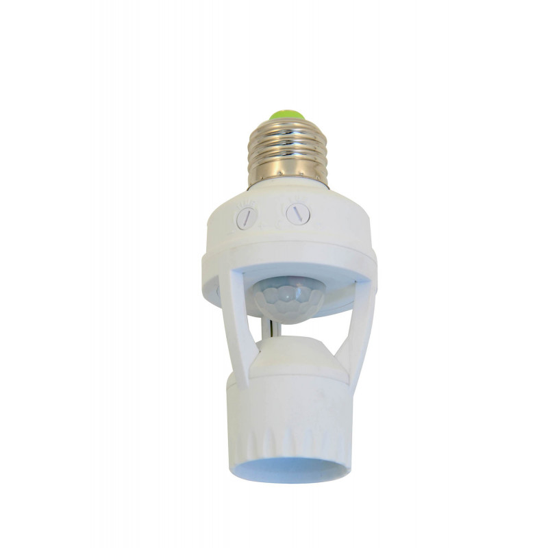 Bulbholder with infrared motion detector