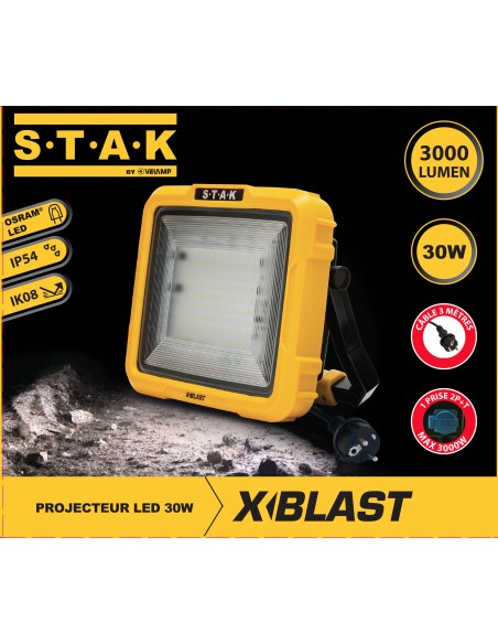 X-Blast 30W: LED floodlight with 3m cable and French plug. 3000lm STA30D-F Stak AC jobsite worklights