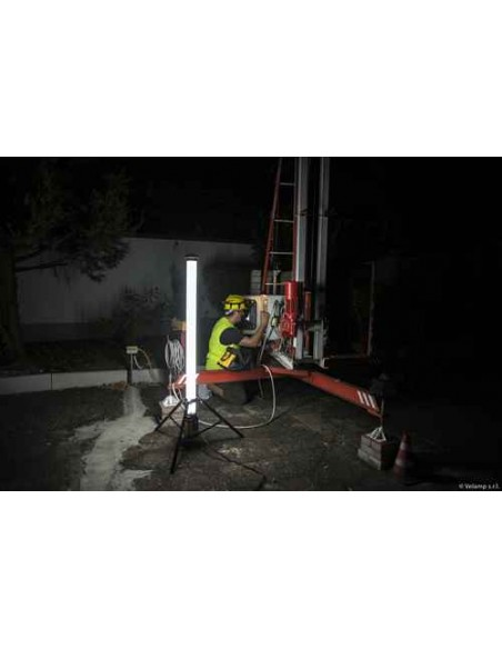 Luce led 36w 360° ricaricabile su treppiede caricatore fast charge ST090B Luci 360° per il cantiere Velamp