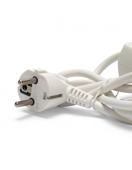 French power strip 5 outputs 2P + T and 2 USB sockets. 1,5m cable MULTIP-FR-USB5 Velamp France, Belgium, Poland multisockets