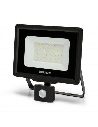 PADLIGHT5, 50W IP44 SMD LED floodlight, black 6500K. With IR IS768-5-6500K Velamp Outdoor lighting